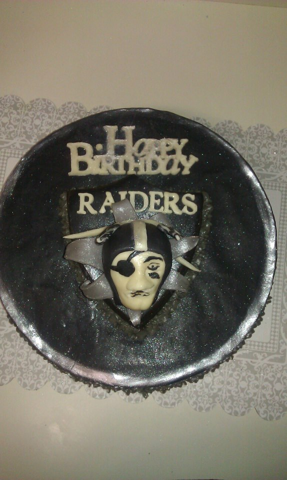 Raider Birthday Cake Raiders Nfl Chocolate Cake